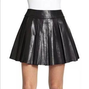 Alice + Olivia black 100% leather pleated skirt